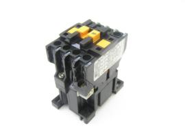Telemecanique CA2-DN 140 . A 65 220-240V