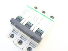Schneider Electric C60HD 25732