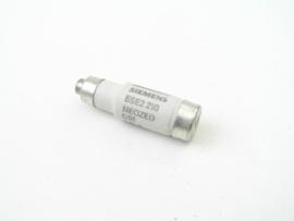 Siemens 5SE2 210