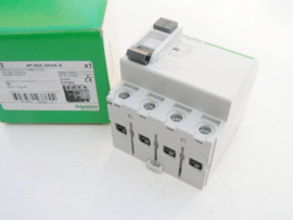 Schneider Electric 23382 (40A 30mA 400V~ 4P)