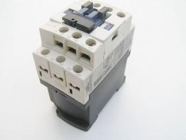 Telemecanique CAD32 24V
