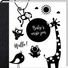 Baby's eerste jaar boek (met naam?)