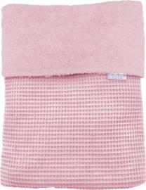 Ledikantdeken fijne wafel + badstof roze