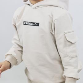Hoodie pak met cargozakje | Logo | 7 Kleuren