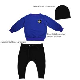 Outfit Deal   Cobalt Blue Sweater & Black Joggingbroekje