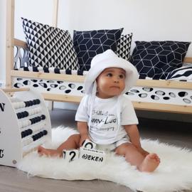 Baby Zonnehoedje | Wit linnen | Handmade