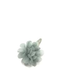 Haarspeldje met chiffonbloem grijs