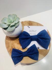 Doggy/cat bow tie kobalt blauw met zilveren stipjes