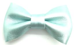 Strikje leder middelgroot pastel blauw