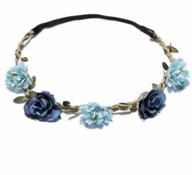Haarbandje in gevlochten leder met blauwe bloemetjes