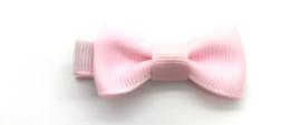 Licht roze strikje klein