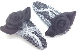 Baby/peuter haarspeldjes zwart kant met roosjes