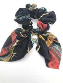 Scrunchies met printje en parel zwart