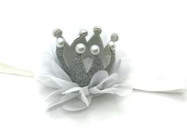 Haarbandje kroontje zilver chiffon bloem