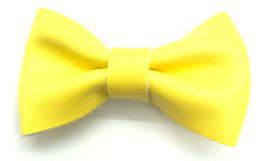 Strikje leder middelgroot geel