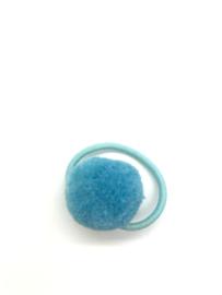 Elastiekje pompon lichtblauw