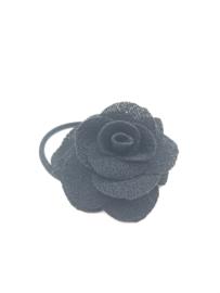 Elastiekje met klein roosje zwart