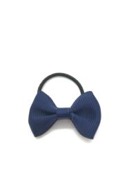 Elastiekje mini met klein strikje marine blauw