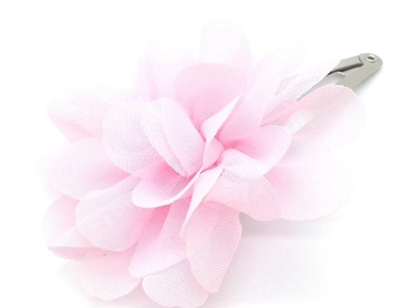Haarspeldje met chiffonbloem licht roze