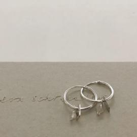 Eva Schreuder earrings - Aube Labradorite, silver