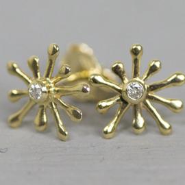 Jeh Jewels 14 karaat goud oorstekers sterretje met diamant