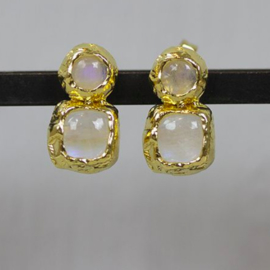 Jeh Jewels ear studs silver goldplated with double moonstone