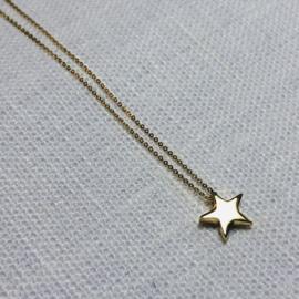 14 karaat goud collier sterretje