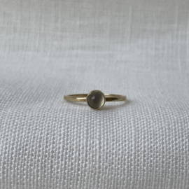 Ile d'Or 14kt gold ring + moonstone