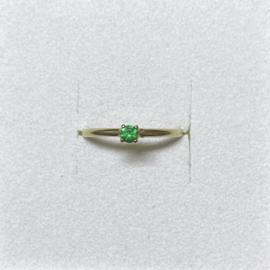 Ile d'Or ring 14 karaat goud en smaragd