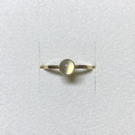 Ile d'Or ring 14 karaat goud en maansteen