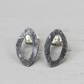 Jeh Jewels ear studs silver oxy eye