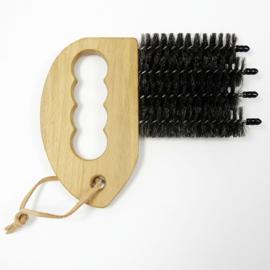 Andree Jardin - brush for blinds