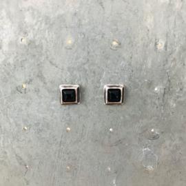 Jeh Jewels oorstekers zilver onyx