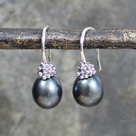 Jeh Jewels oorhangers zilver donkergrijze parel