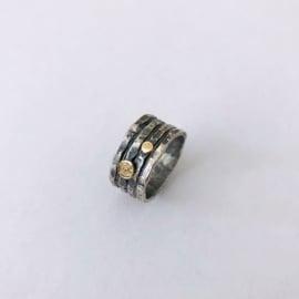 Jeh Jewels ring zilver met 9 karaat elementjes
