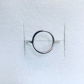 Charlotte Wooning ring Geometry Circle - silver