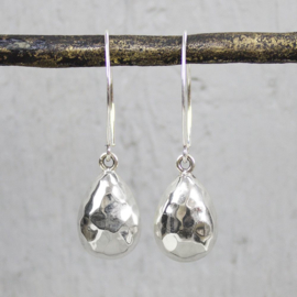 Jeh Jewels dangle earrings silver hammered