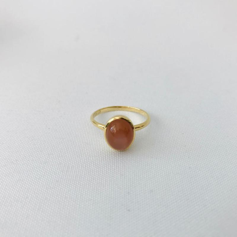 Jeh Jewels ring 14kt geelgoud met maansteen
