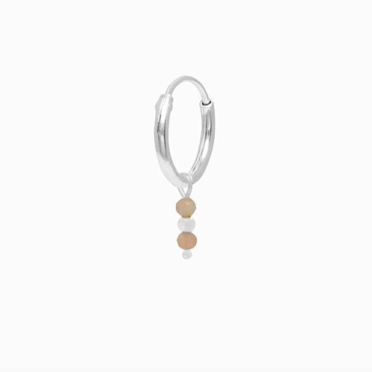 Flawed charm earring Moonstone, silver