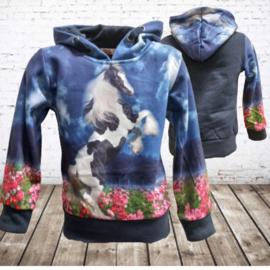 Blauwe hoodie met paard f43