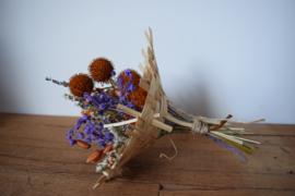 Klein boeketje paars/ oranje