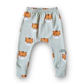 Slim Harem Tigers