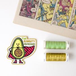 The Almighty Avocado geborduurd embleem