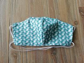 Mondkapje groene driehoekjes