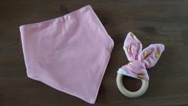 Set Roze oor/ Roze sjaal