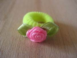Elastiek Felgeel, Roze roosje