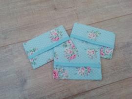Zakdoekhoesjes Blauw bloem met stip