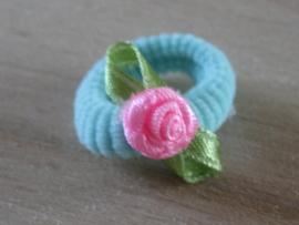 Elastiek Lichtblauw, Roze roosje