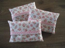 Zakdoekhoesjes Roze Bloemen met roze ruitjes band