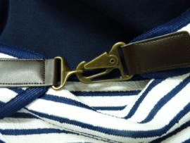 Wit met blauwe streep